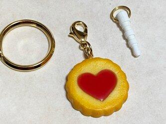 ハートいちごジャムクッキーのチャーム(イヤホンジャック)の画像