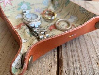 旅の必需品! 着物の古布と革で作ったアクセサリートレイ サーモンオレンジ トラベル革小物 ラッピング可の画像