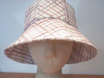 8タックの帽子の画像