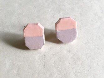 石塑粘土でつくった陶器風ピアス(ハチカク/パステルピンク&ラベンダー)の画像