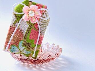 元巫女の花のお守り袋(萌桜)の画像