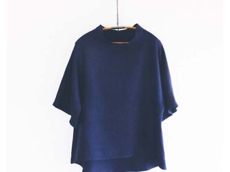 linenプルオーバー 紺色の画像