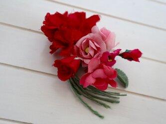 布花 Corsage fleur rougeの画像