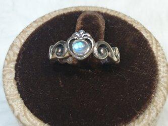 レインボームーンストーンリング tiaraの画像