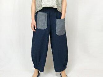 Wガーゼの可愛いリラックスポケットパンツ、インディゴブルーの画像