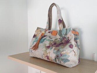 ★SALE★タックでふっくらとした麻ビスコースのトートバッグの画像