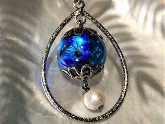 ネックレス ほたる玉 とんぼ玉 16mm コットンパール 雫 紐 コード 光る ガラスビーズ 沖縄 琉球 工芸 ブルーの画像