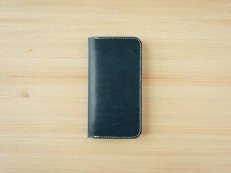 牛革 iPhone 11 カバー  ヌメ革  レザーケース  手帳型  ネイビーカラーの画像