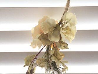 B206  スワッグ 飾り花の画像