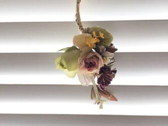 B208  スワッグ 飾り花の画像
