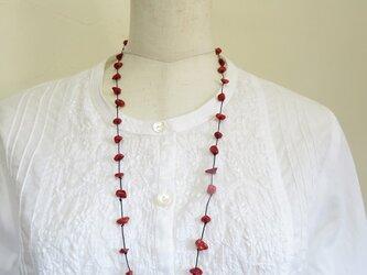 山珊瑚のネックレスの画像