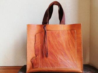【再販】真四角なトートバッグ オイルワックスレザー ブラウンの画像