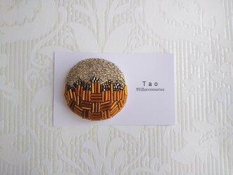 刺繍ブローチ Circle Caramelの画像