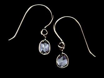 Rosecut diamond earrings / Ovalの画像
