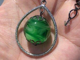 ネックレス とんぼ玉 雫 大粒 20mm 和小物 アクセサリー 大阪 ガラス 工芸 ビーズ 送料無料 グリーン 緑の画像