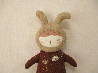 「ウサギとミツバチ」のペンケース P28の画像