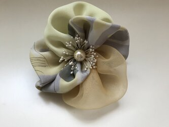 布花のブローチー4の画像