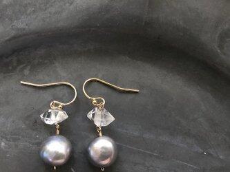 baroque pearl*herkimer diamond*pierceの画像