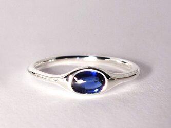 極上の青・バフトップカットのオーバルカイヤナイトSVリング【Pio by Parakee】Kyaniteの画像