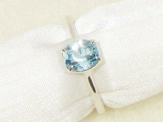 0.99ctアクアマリンとSV925の指輪(リングサイズ:10号、ロジウム、濃い水色)の画像