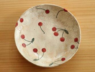 Y様専用画面 粉引きさくらんぼのパスタ皿。の画像