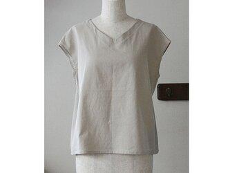 Tシャツ感覚で着られるプルオーバー Vネック ベージュ(M)の画像