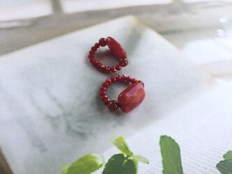 赤メノウのゴムリングの画像