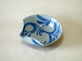 扇面片口(唐草紋)の画像