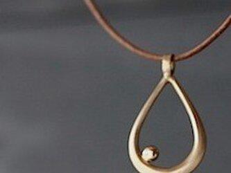 銀のしずく・ネックレスの画像