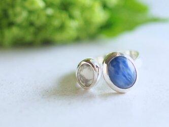 藍色カイヤナイト ダブルストーンリング 【受注製作】の画像
