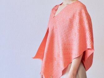 【着まわし自由】フィルタンゴストール  吉祥柄 プラムピンク metaruメタル。ブラウス、羽織りっぽい着こなしも!の画像