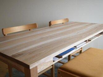 カバ桜 棚付きダイニングテーブル W160の画像