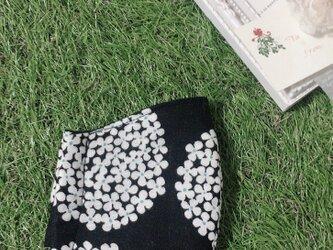 立体マスク サークルフラワー ブラック キッズ オトナの画像