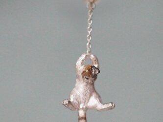 風船と飛んでいく三毛猫ピアス イヤリング パール 片耳の画像