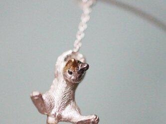 風船と飛んでいく三毛猫ピアス 片耳の画像