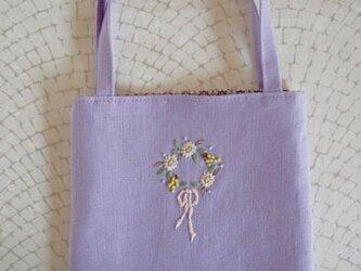 お花のリースの手さげバッグ・Purpleの画像