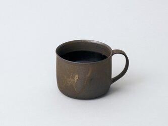 持ちやすくて飲みやすいマグカップ コーヒーカップ short(ブロンズ/黒)の画像