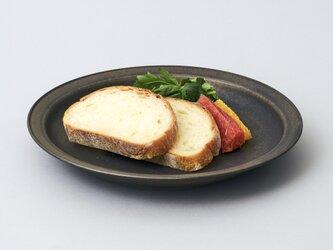 リムプレート・パスタ皿・カレー皿 24cm(ブロンズ/黒)の画像