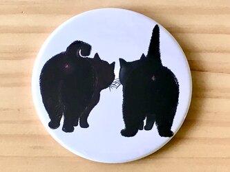 猫さんのお出かけ缶バッチミラー「クロニャンコとクロニャンコ」の画像