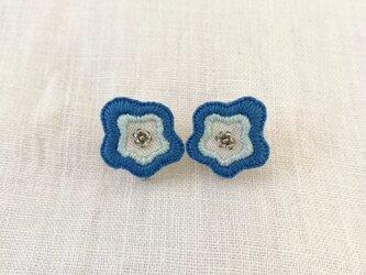 ウェーブフラワーのイヤリング(blue)の画像