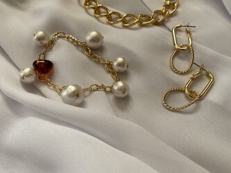 Parisienne Style ネックレス・ピアス・ブレスレットセットの画像