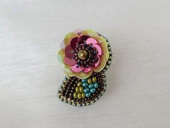 little flower broochの画像