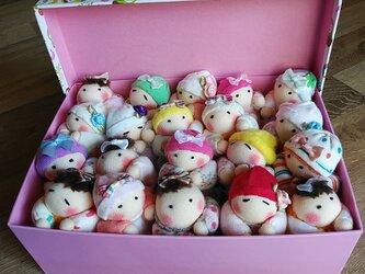 赤ちゃん人形20個(箱付き)送料無料の画像