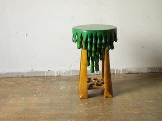 奇妙な木のスツール  カスタムオーダーの画像