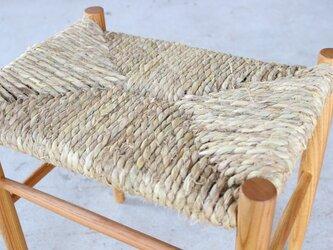 藁縄スツール(ケヤキ材)の画像