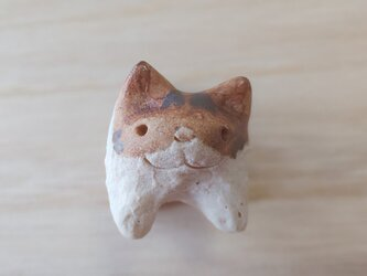 ちび猫=^人^=茶白猫の画像
