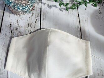 白い立体マスク●Mサイズの画像