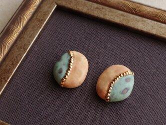 『思い出の小石』耳飾り ピアス/イヤリング 本金メッキ くすみ ナチュラル ノスタルジー ヴィンテージ petal f-71の画像