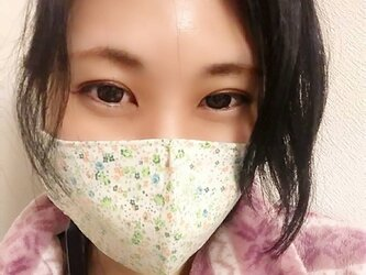 【お家用快適マスク】息がしやすいコットン100%お花柄と不織布ダブルフィルター芯を使った超立体形状記憶シンプルマスク グリーンの画像