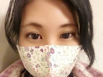 【お家用快適マスク】息がしやすいコットン100%お花柄と不織布ダブルフィルター芯を使った超立体形状記憶シンプルマスク パープルの画像